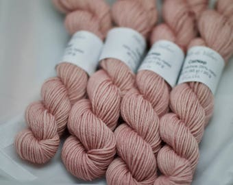 Minis CatNap - BLUSH - Mérinos nylon sock superwash fingering