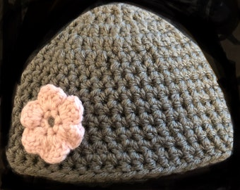 Baby Hat - size 3-6 months