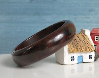 Vintage Bakelite Bangle Bracelet - Big Chunky Bakelite Bracelet - Dark Chocolate Brown Marbled Bakelite Bangle - Domed Bracelet - Tested
