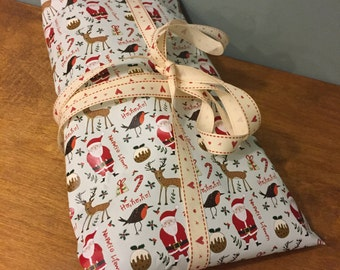 A2 Welsh Merry Christmas Wrapping Paper Gift Wrap Papur lapio Nadolig Llawen Cymraeg