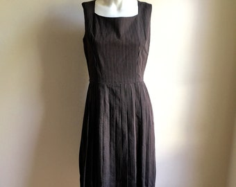 vintage. 50s Seersucker Striped Cotton Dress • Black and Brown Thin Striped Dress • M to L