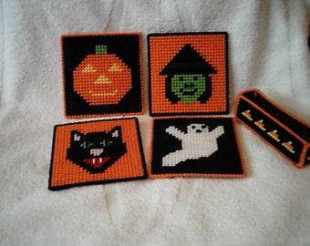 Pattern Plastic Canvas Halloween Coaster Set PDF