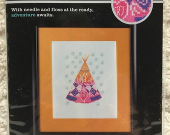 Artiste Mini Counted Cross Stitch Kit - Wild At Heart