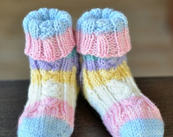 Knitting Pattern - Cute Cable Baby Socks