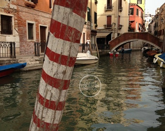 Venice Canal Post