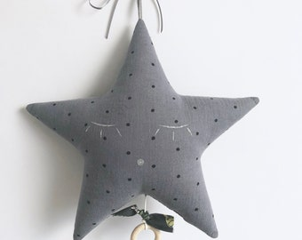 Mobile Musical star in gray with black polka dots and black bird parakeets cotton gauze - music box - a star in my cabin