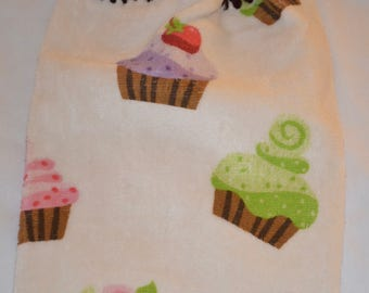 Crocheted Kitchen Towel with Cupcake Design and Dark Brown Top