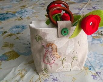 Mini handbag for little girl hand embroidered