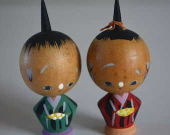 Pair of kokeshi dolls, miniature, vintage Japanese #3