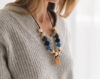 Babywearing Mama Necklace with wooden drop pendant - Blue & Denim - Juniper Wood