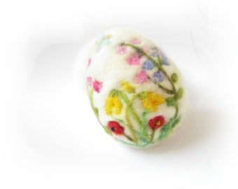 Easter Egg,Needle felted egg,Spring Ornament,Needle Felted Easter Egg with Flowers,Miniature Original Art