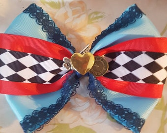 Lolita steampunk alice in wonderland themed hair bow. Keys. Gothic. Vintage. Queen of hearts. Mad hatter