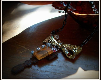 Fancy Rustic Vintage Inspired Necklace