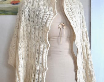 Hand Knit Large Shawl Wrap Scarf / Creamy Off White Wool Natural Highland Wool Wide Rectangular