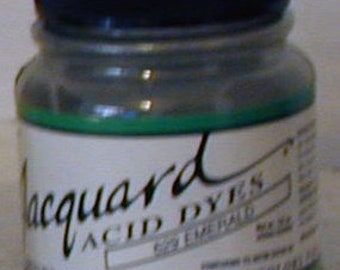 Emerald 629 Jacquard Acid Dye for Wool, Silk, Feathers, Nylon, any protein (animal) fiber. Add vinegar, heat to powder for bright colors.