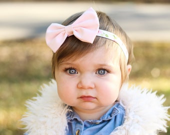 Hair bow, pink bow, baby bow, peach floral, headband, pink bow