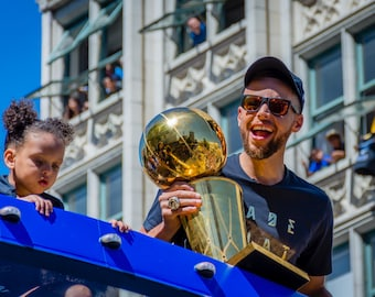 Stephen Curry 2017 Warriors Championship Parade 8x12 Photo Picture Print