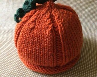 Pumpkin baby hat, halloween hat, halloween baby, halloween newborn, newborn knit hat, baby hat, October baby, little pumpkin hat