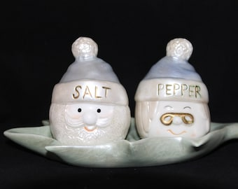 Vintage 3pc santa head salt and pepper shakers