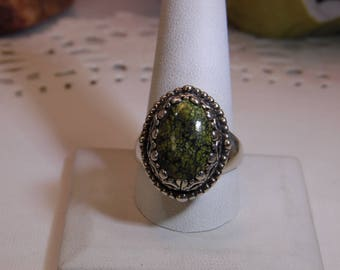 Sterling Carolyn Pollack Relios Green Stone Ring- Size 11 1/4
