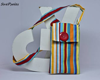 Cellphone Bag, hand sewn bag, one of a kind, small bag, cloth bag, has a pocket inside, pouch, store your phone, money, cards