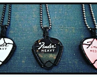 Vintage Fender Guitar Pick Necklace wire wrapped guitar pick case candy