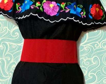 S-M  Mexican blouse Off the shoulder embroidery mexican top mexican embroidered floral blouse