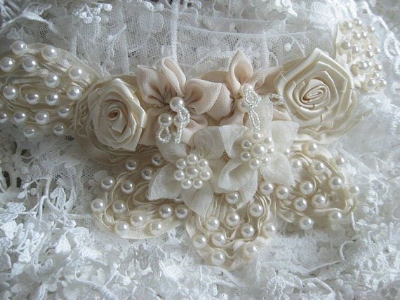 ivory lace collar with sequin and pearl nude ivory lace