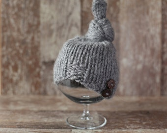 Knitted Newborn Hat,Top Knot Hat, Grey hat, Baby Boy Hat, Hat with buttons, Knit baby hat, Photo prop, Photography,Beanie