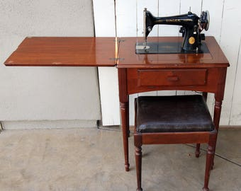 1941 Singer Sewing Machine Model 66 16 With Cabinet And Bench, Manual,  Extras