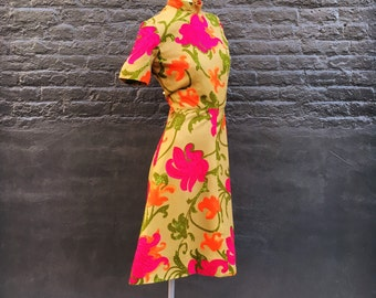 Vintage Olive Green Orange and Fuchsia Dress  medium