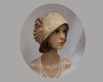 Soft gold cloche hat, 1920s fashion, flapper hat, Great Gatby hat, Miss Fisher hat, high tea hat, 20s clothing, Dowton abbey cloche hat