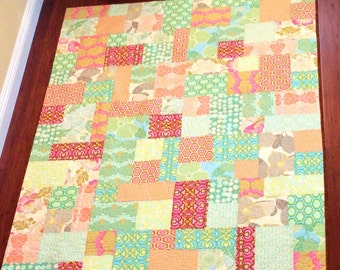 For Sale Handmade quilt using Amy Butler fabric