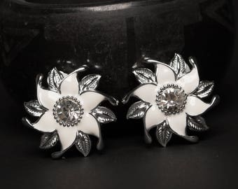 Vintage White and Silver Rhinestone Clip Earrings, Vintage Jewelry, Free Shipping, Mid Century Earrings, Jewelry for Women