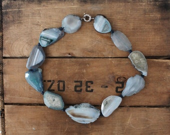 Agate Necklace - 1970s boho - Banded Sliced Agate - Geode - Stone - Striped Blue Grey - Festival - Earth Tones -