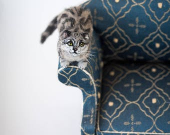 Dollhouse Miniature American Shorthair Silver Tabby Cat Laying Down Artist Furred Laying Down OOAK