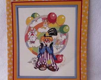 Clown Dreams - CROSS STITCH PATTERN-  Wall Hanging - Leisure Arts Leaflet