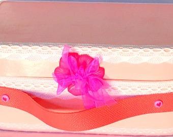 Suitcase rose-vintage-cardboard-handmade-box rangement-fluo-gris-dentelle-boite-boite jewelry idea gift-birthstone-baptism-baby shower