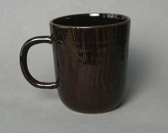 Tall brown wood-patterned mug -- Handmade stoneware ceramics
