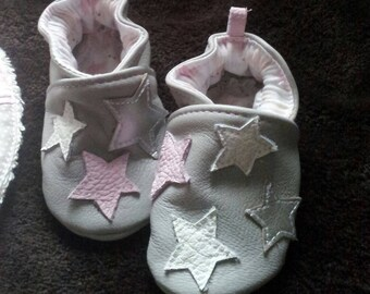 * Booties for little girls soft leather *.