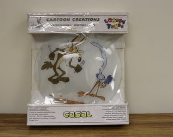 """Ultra Rare 1995 Casal Looney Tunes Wile E. Coyote & Road Runner Glass Light Fixture Cover - 13"""" Round Fixture"""
