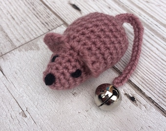 Crochet cat toy - purple cat toys - catnip toy - catnip mouse - mouse cat toy - cat toys - crochet mouse - present for the cat