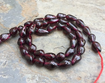 Garnet Beads, Teardrop Garnet Beads, 7mm approx, 13 inch strand