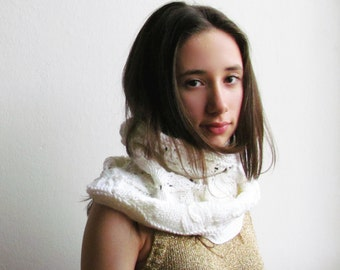 Scarf cowl White /  Knitted scarves / creamy white tube scarf / woman wedding accent / merino scarf