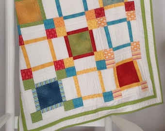 pdf baby quilt pattern..quick and easy..charm pack or scraps..modern quilt..Boxes Boxes