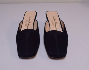 SALVATORE FERRAGAMO Black Nubuck Suede Closed Toe Mules Made in Italy Size 7 M