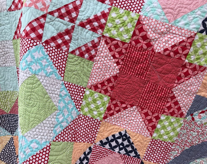 Tulip Surprise Twin Bed Quilt - (Finished Quilt - Not a pattern)
