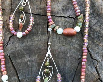 Beaded jewelry set with jasper pendant
