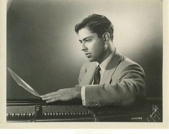 Gary Graffman US pianist antique music photo