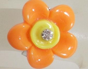 Child fancy resin & rhinestone flower Adjustable ring